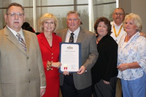 Commissioner Honors Walter Lamerton, Jr. for his work to bring USO Club to Tampa Airport