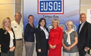 Sandy meets with volunteers and staff of the new USO at Tampa International Airport