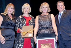Sandy presented Anne Nymark a special Key to the County at a Brandon Foundation event. On hand were Rich Strehl and Rhonda Ory Williams of the Foundation.