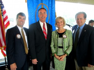 Commissioner Murman hosts Florida CFO Jeff Atwater at the Economic Club of Tampa, along with club members Graeme Fraser and Michael Zmistowski.