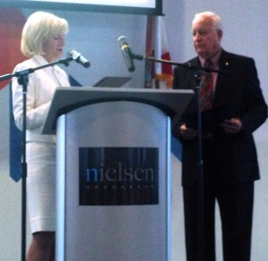 Commissioner Sandy Murman honors Jerry Custin, President of the Upper Tampa Bay Chamber, at the Tampa Bay Manufacturing Association Awards dinner at Nielsen Company in Oldsmar